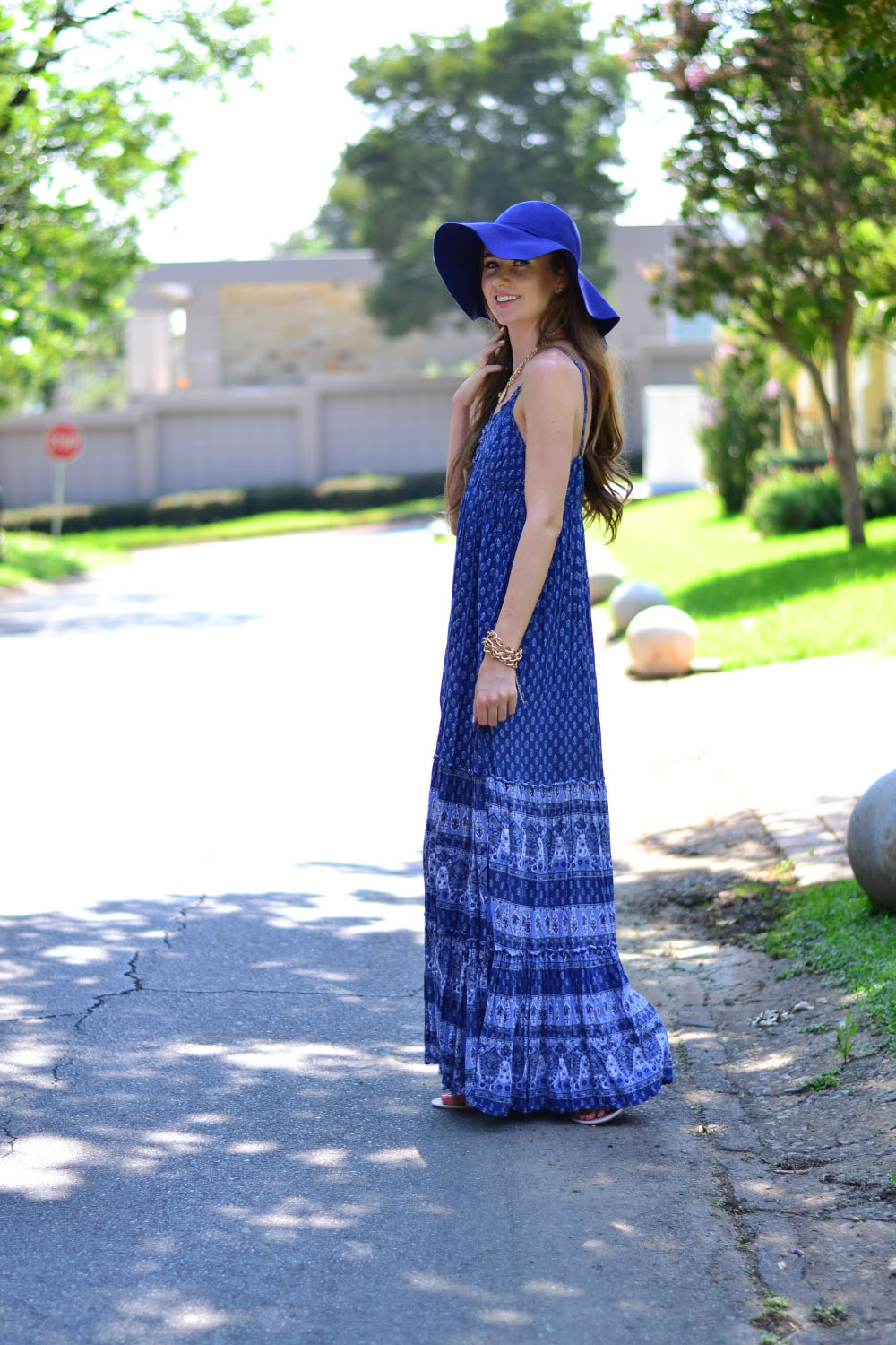 maxi dress floppy hat