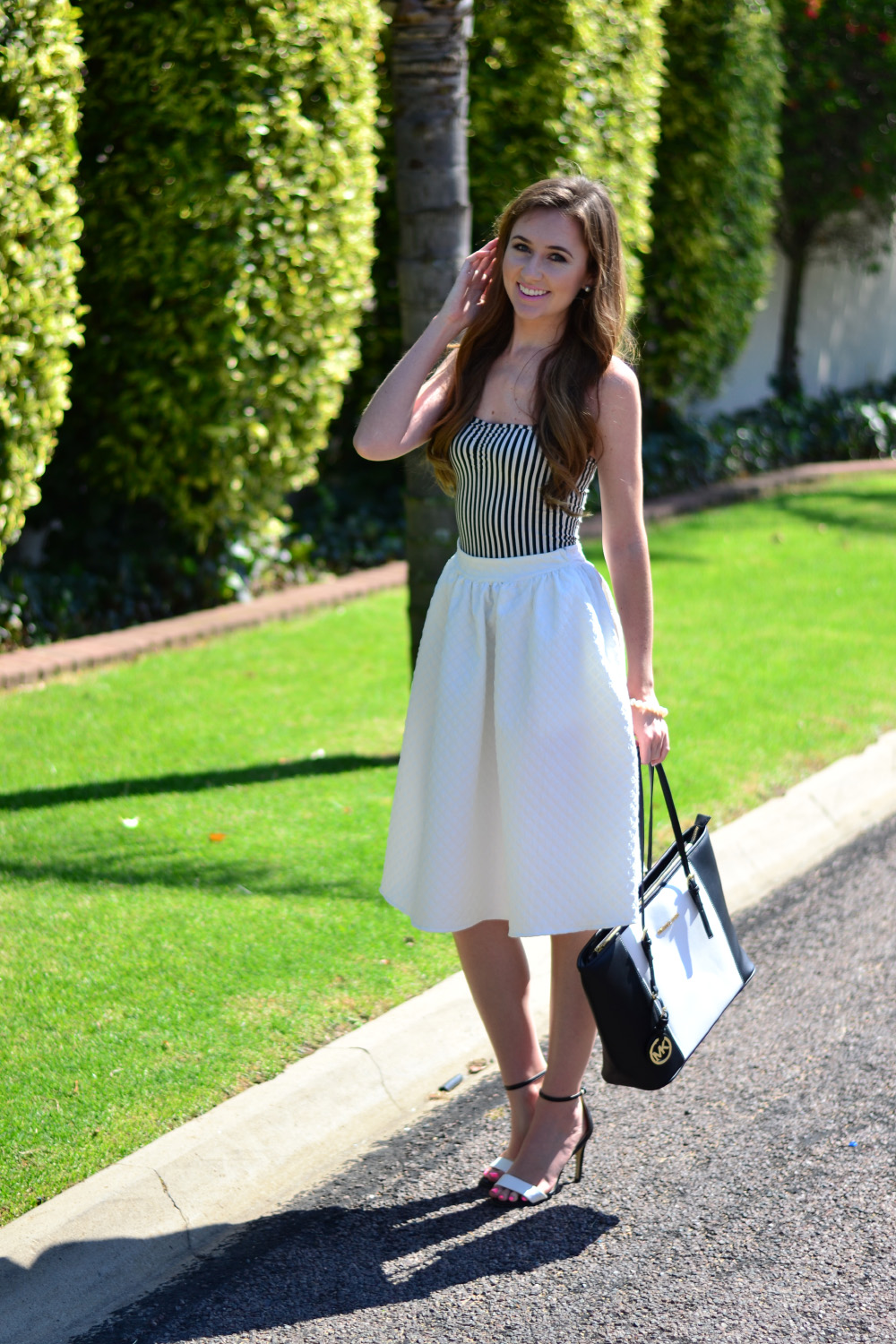 black and white summer style