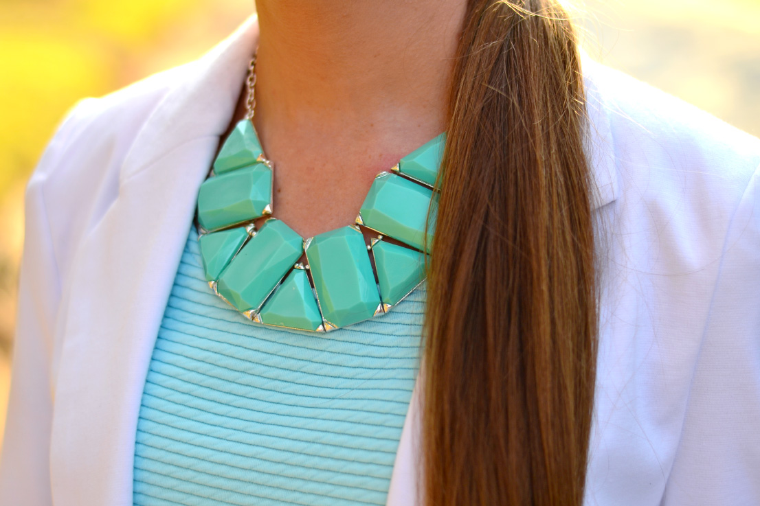 turquiose statement necklace