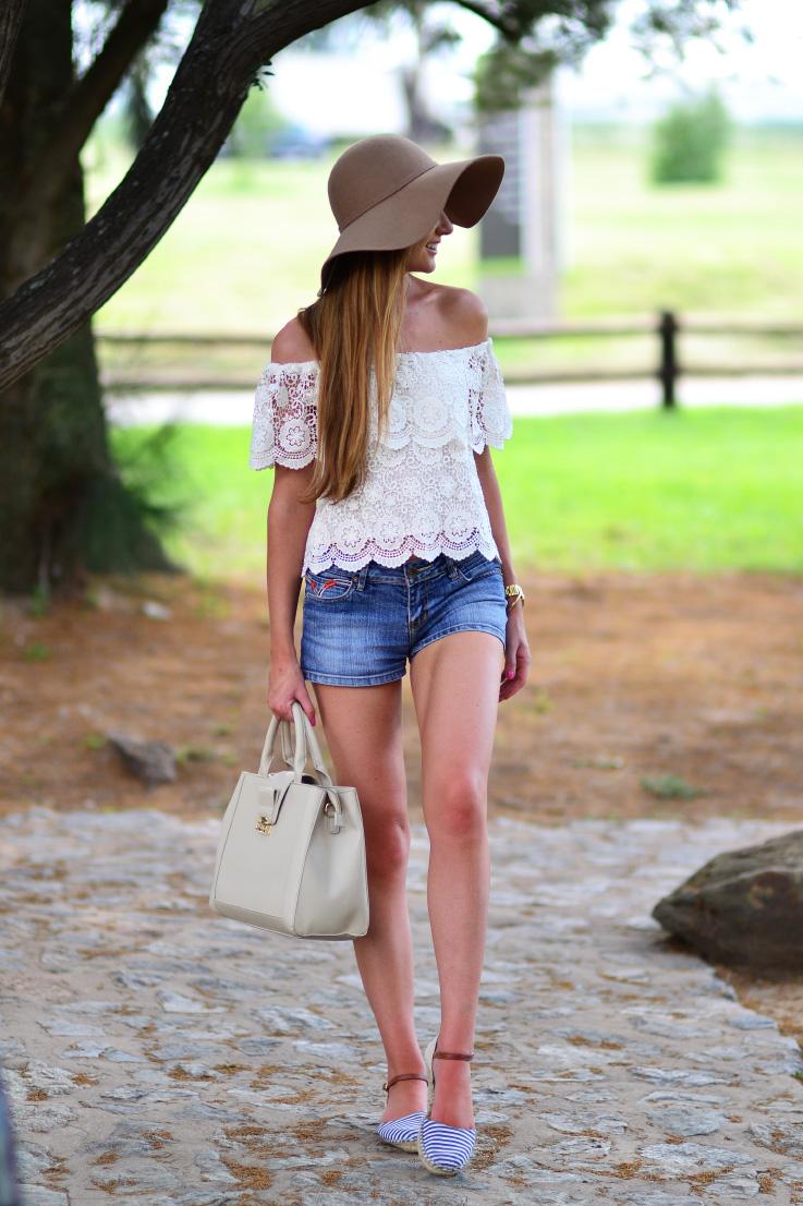felt - hat - crochet - summer outfit