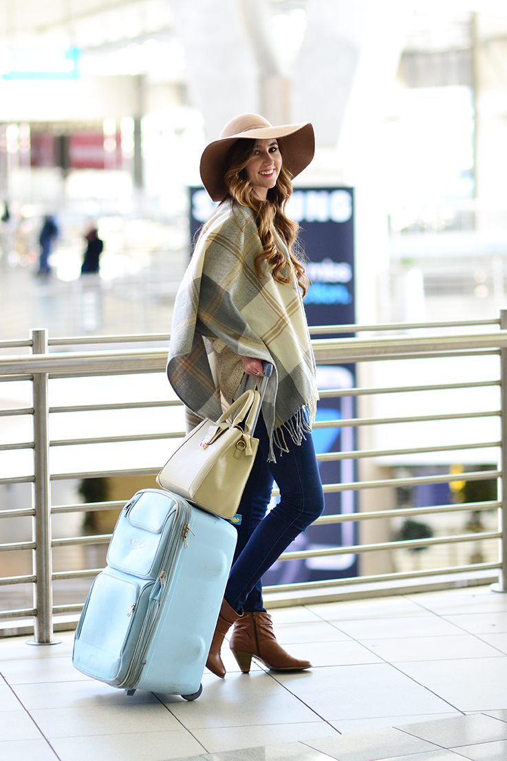 travel outfit ideas - airport style